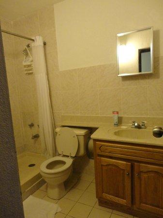 Hotel Yunque Mar: doccia