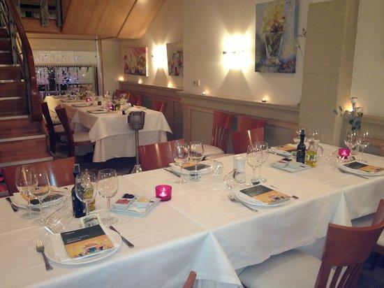 Restaurante Navarro: Comedor restaurante