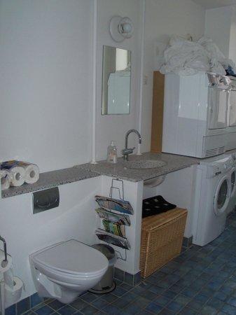 Rent a Room Copenhagen : bathroom