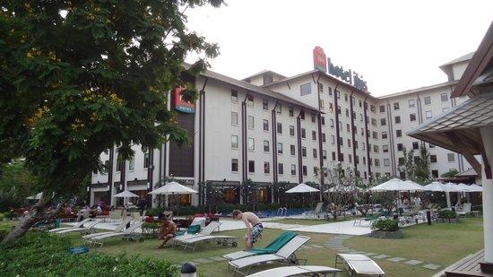 ibis Bangkok Riverside: hotel