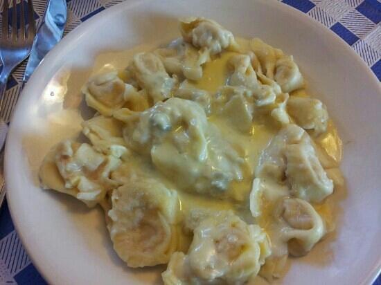 Ceranesi, Italia: tortelli alle pere con gorgonzola