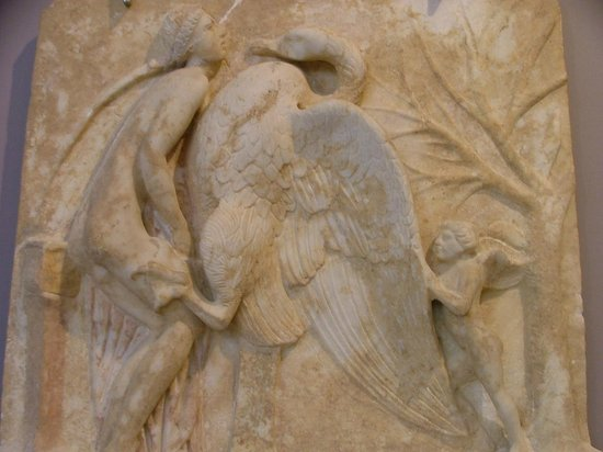 Heraklion Archaeological Museum: Leda e il cigno