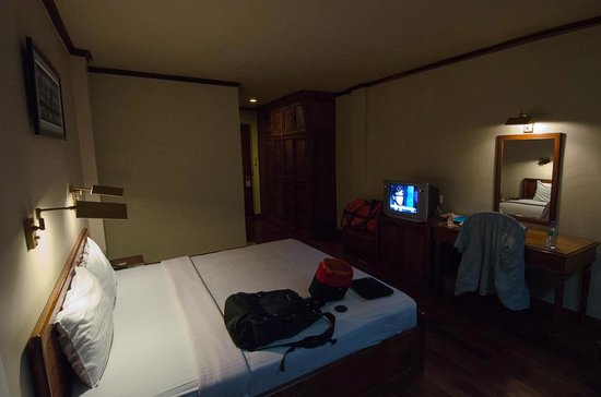 Ta Prohm Hotel: Room