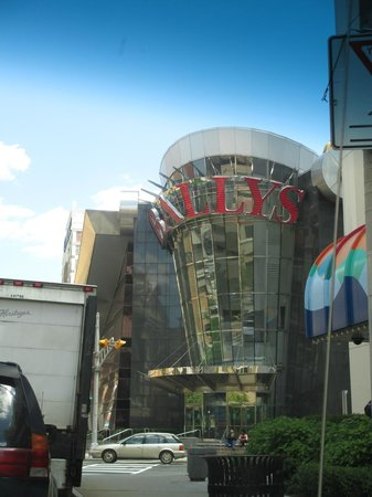 Bally's Atlantic City: Outside