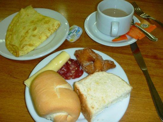 Zallon Hotel Executivo: Café da Manhã