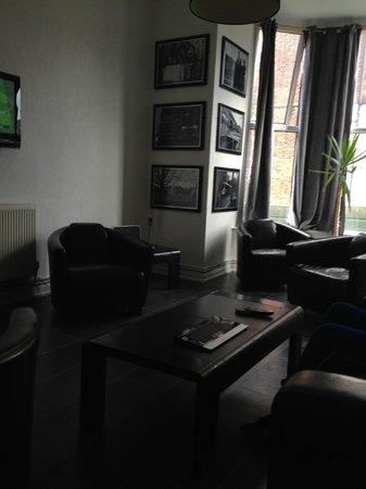 Hendam House Hotel: lounge