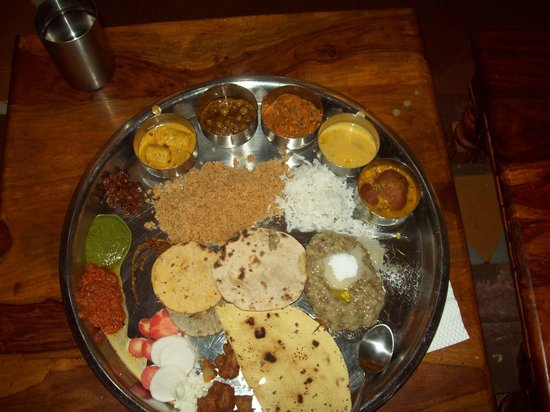 Panchkula, Hindistan: Rajasthani thali