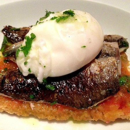 Emiliano Hotel: Poached Egg on toast with sardines