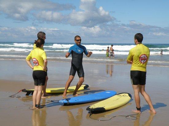 Lagoondy Surfcamp: 1er cours de surf Lagoondy