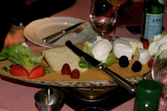 Ristorante Murtarol: Selection of Cheeses