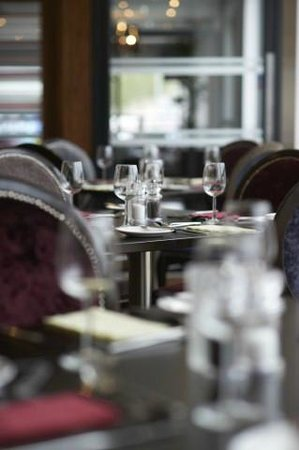 DoubleTree by Hilton Hotel London - Chelsea: Restaurant