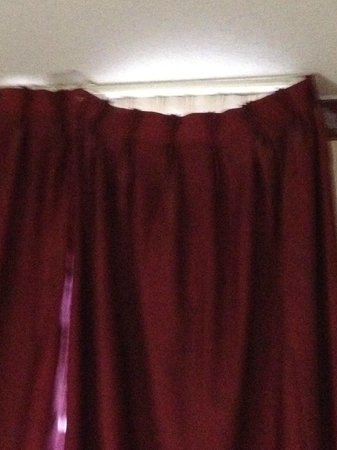 Grand Royale Hotel: Unattached drapes.