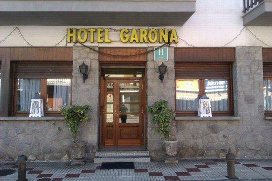 Hotel Restaurant Garona: Entrada al Hotel