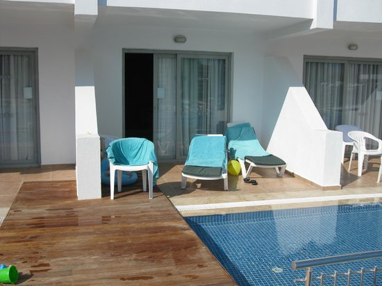 Ephesia Holiday Beach Club: terrasse chambre swim up