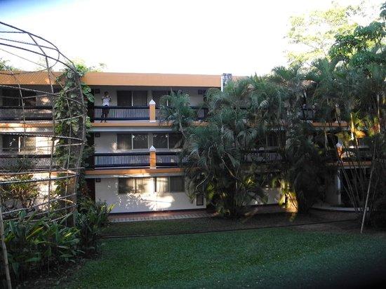 Hotel Maya Tucan: Edifici con camere