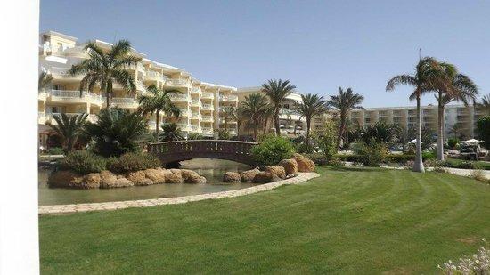 SENTIDO Palm Royale Soma Bay: Hotelansicht