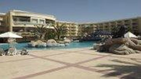 SENTIDO Palm Royale : Poolbereich