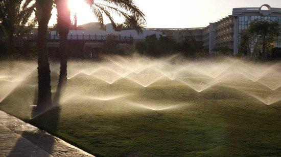 SENTIDO Palm Royale: Sonnenuntergang überm Hotel