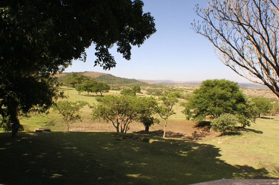 Rorke's Drift Lodge: Grounds