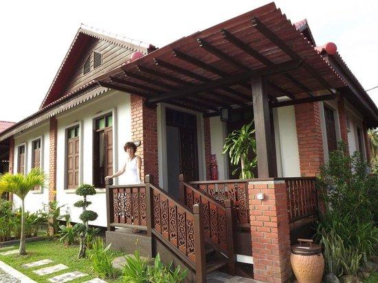 Jasmine Villa Tropical Garden: La villa