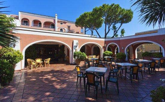 Hotel San Valentino Terme: Hotel