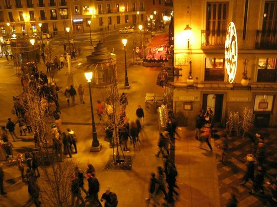 Hostal Oriente: street view