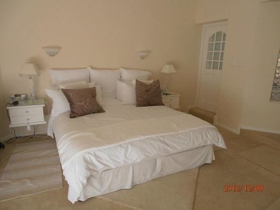 Endless Summer Guest House : Schlafzimmer