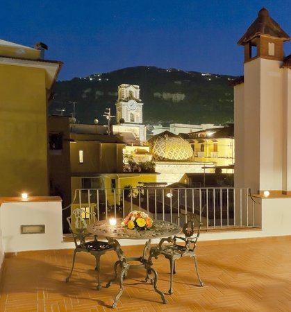 Antico Palazzo Scala: The Terrace
