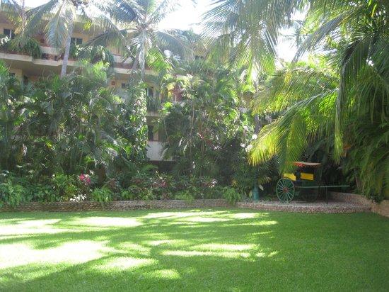 Hotel Playa Mazatlan: area recreativa los jardines del hotel