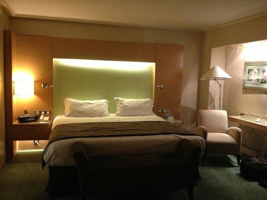 Sofitel Cairo El Gezirah: Bedroom