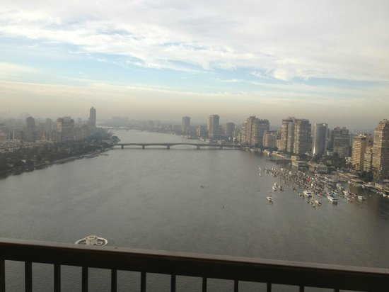 Sofitel Cairo El Gezirah: Morning view over the Nile