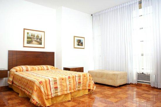 Hotel Royal Plaza: HABITACION AIRE ACONDICIONADO