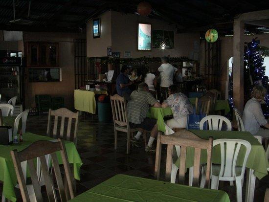 Restaurante Lago Azul: Inside