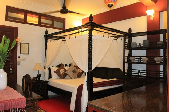 Khmer Surin Boutique Guesthouse: $50 room