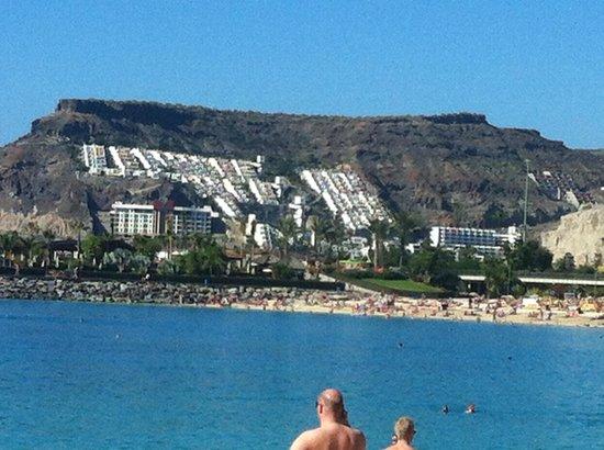 Gloria Palace Royal Hotel & Spa : View on the beach