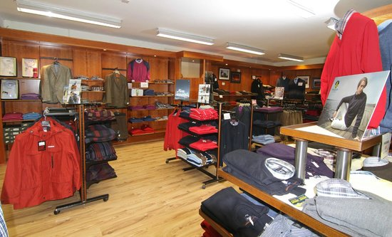 Standun Spiddal: Menswear Department