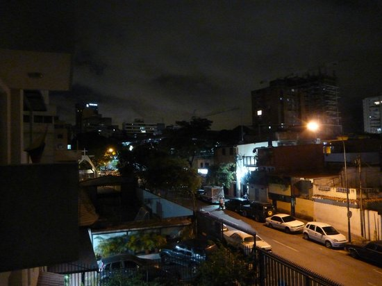 Posada Altamira Caceres: vista di notte