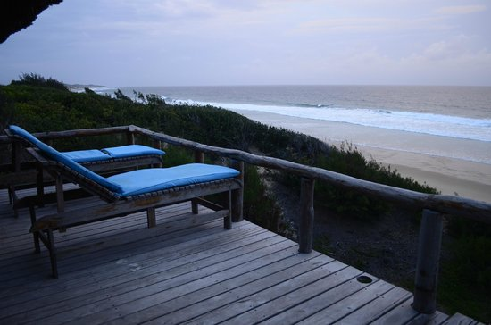 Bamboozi Beach Lodge: View from suite #1 seaview