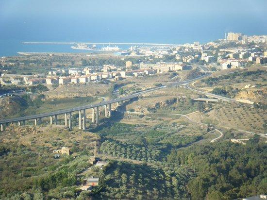 La Casa di El: View to the Valley of the Temples