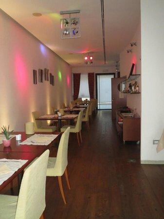 Hotel Due Mori: Breakfast Room.