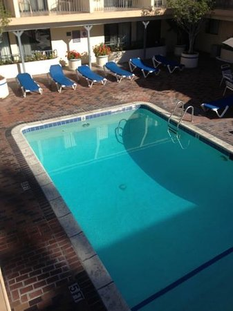 Days Inn Hollywood Near Universal Studios: Nice pool!