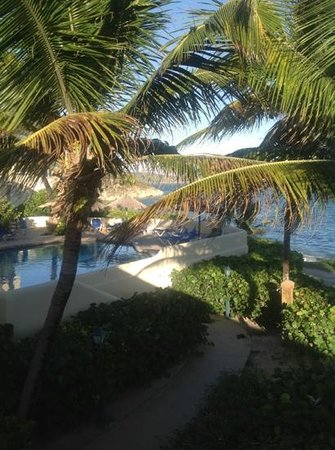 St. James's Club & Villas: the pool at coco beach