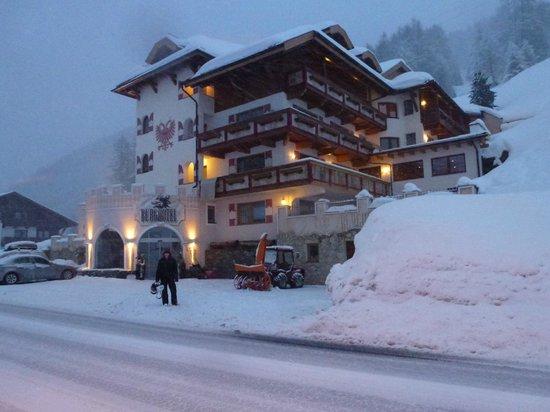 Burghotel Alpenglühn: Hotel