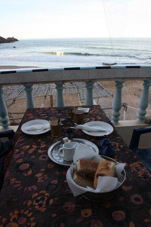 Aftas Beach Guest House: Frühstück