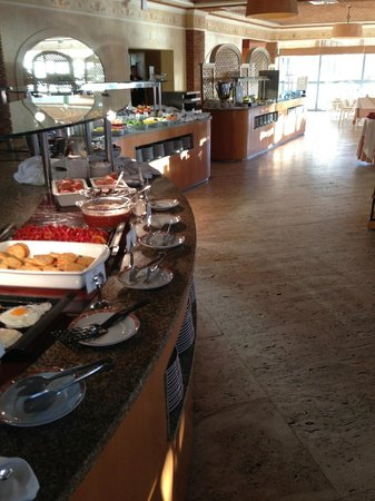 Grande Real Santa Eulália Resort & Hotel Spa: Breakfast Buffet