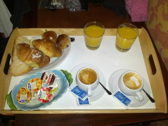 Antica Dimora dell'Orso : Breakfast
