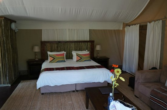 Zizi Lodge Leisure Bay: Nice bed