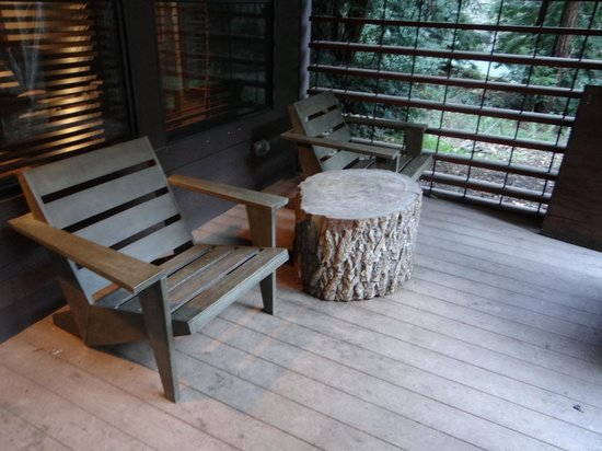 Glen Oaks Big Sur: Outdoor Seating