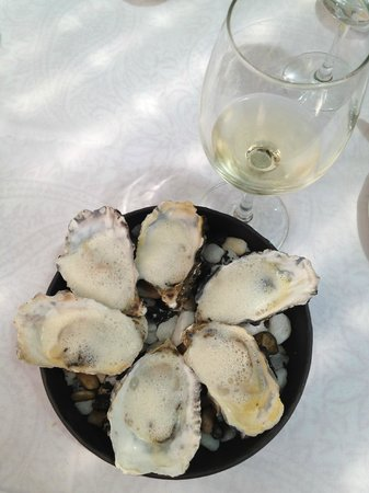 La Colombe: Champagne Oysters !! ( OMG = Heavenly !! )