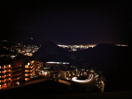 Grand Solmar Land's End Resort & Spa: Cabo at night
